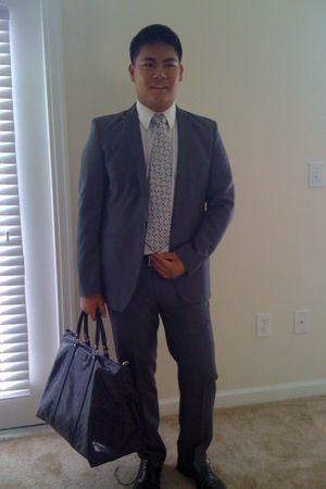 gray Zara suit - white shirt - black Zara shoes - blue Gucci bag - beige Geoffre