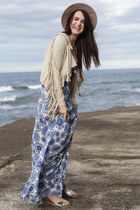blue cut out maxi Missguided dress - beige fringe Missguided jacket