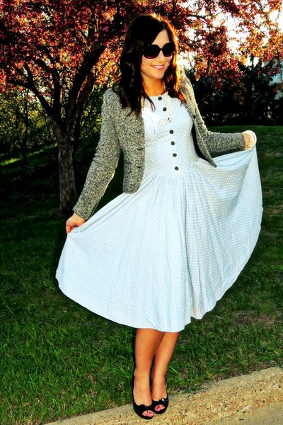 polka dots vintage dress - tweed vintage blazer - jeweled Jessica Simpson heels