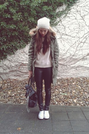 leather Vero Moda pants - military style H&M coat - tote bag Hallhuber bag