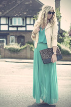 Pleated Pastels