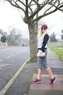 Maroon-studded-beanie-h-m-hat-heather-gray-poppy-lux-sweater