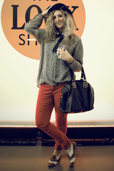 dark brown vintage blouse - red Primark jeans - black Primark hat - black bag