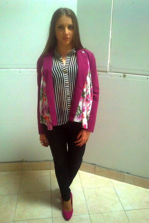 magenta blazer - black shirt - white scarf - hot pink heels - dark gray pants