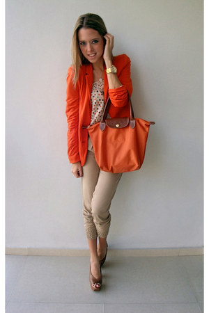 Stradivarius blazer - Long Champ bag - Bershka pants - Jessica Simpson pumps