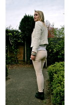 black Sasha boots - ivory Zara blazer - white maison scotch t-shirt - neutral H&