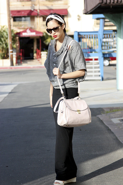 pink Urban Outfitters bag - beige vera wang shoes - gray grey ant shirt