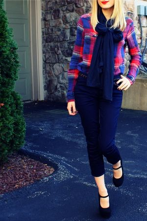 red American Eagle shirt - black Forever XXI shoes - blue H&M scarf