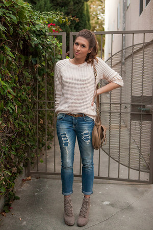 Urban Outfitters boots - Zara jeans - Forever 21 sweater - Lucky Penny bag