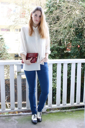 ivory vintage blouse - blue COS jeans - brick red vintage bag - black H&amp;M flats