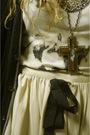 Beige-topshop-skirt-black-strellson-cardigan-gray-vintage-top-black-wedins