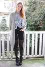 Periwinkle-striped-2dayslook-blouse-black-buckled-dolce-vita-boots