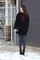 ruby red chicnova blouse - black Mango coat - navy COS jeans