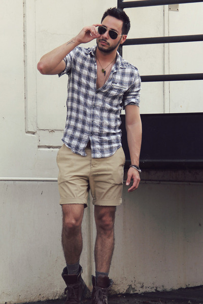 LUV Aj ring - Kenneth Cole boots - William Rast for Target shirt - H&M shorts