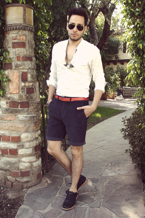 black Royal Elastics shoes - white H&amp;M shirt - navy obey shorts