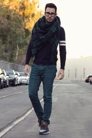 dark green tartan Zara scarf - teal Hot Topic jeans