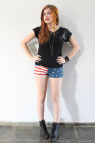 usa DIY shorts - Bottero boots - faux leather Argonaut shirt