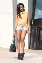 light orange Touch Boutique blouse - black immense booties Joes Jeans boots