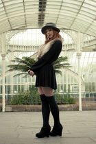 black new look shoes - black H&M cardigan - black H&M skirt - green vintage hat