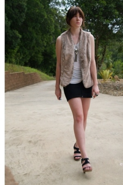 kathrine vest - sass shirt - calvin klein skirt