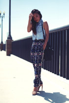 neutral Jeffrey Campbell sandals - navy Sugarlips pants