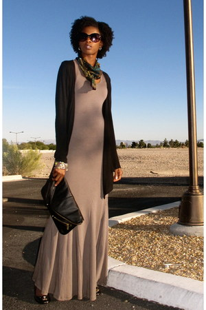 black clutch Topshop purse - heather gray maxi dress Go Couture dress