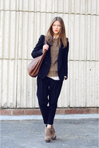 tan Steve Madden boots - navy Zara jacket - white Zara shirt - brick red Zara ba