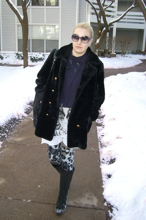 gray dvf leggings - black vintage coat - white Torn t-shirt - black London Fog b