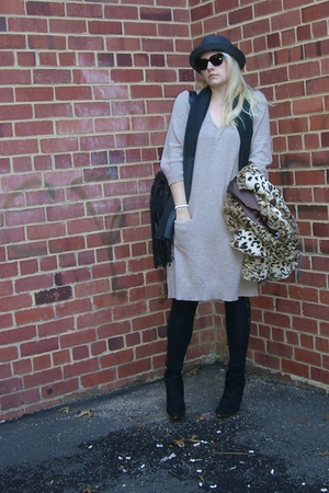 beige Old Navy dress - black balenciaga sunglasses - black Steve Madden boots -