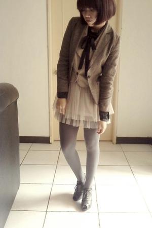 blouse - vest - blazer - skirt - tights - shoes