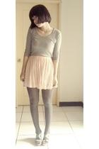 t-shirt - skirt - tights - shoes - blazer