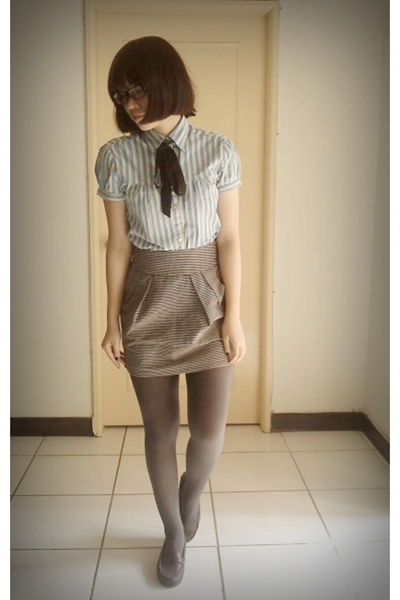 blue blouse - silver skirt - gray tights - brown shoes - green sweater