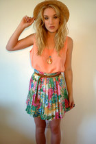 green floral pleated GlowVintage skirt - light brown straw boater Ebay hat