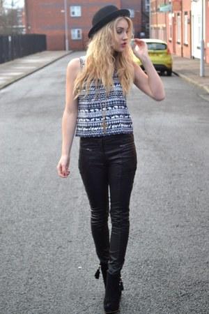 black Primark pants - navy Vero Moda top