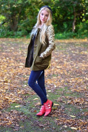 army green Liquorice Boutique jacket - red studded boots Runway Shoes boots