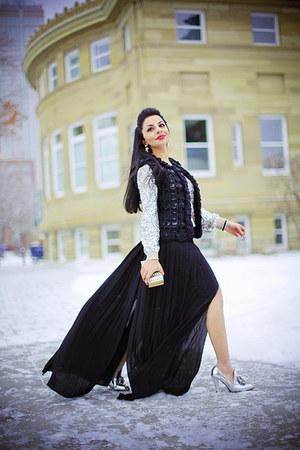 silver H&M sweater - periwinkle Love Moschino bag - black BCBG skirt