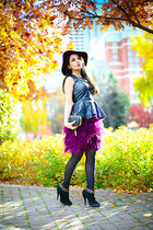 black Zara boots - magenta H&M hat - black asos purse - black Zara top