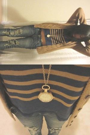 navy Old Navy shirt - mustard Old Navy sweater - mustard H&M necklace