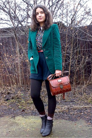 black shorts - forest green trifted velvet blazer