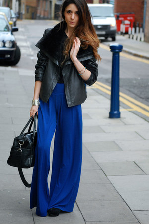 black vintage jacket - black American Apparel t-shirt - blue brick lane pants