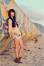Forever 21 top - Vince Camuto boots - Levis shorts