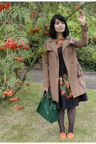 light brown trench coat Zara coat - black rowan printed oodij dress