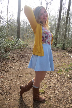 silver socks - brown boots - light blue skirt - silver top - yellow cardigan