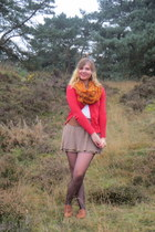 bronze shoes - carrot orange scarf - white top - light brown skirt - bronze belt