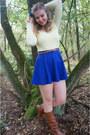 Bronze-boots-cream-sweater-bronze-belt-blue-skirt-blue-hair-accessory