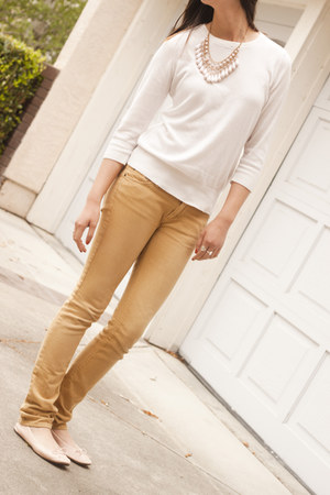 Urban Outfitters jeans - Forever 21 sweater - H&M flats - Forever 21 necklace