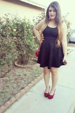 black  no brand dress