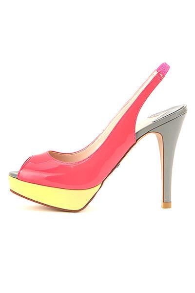 Colour of Coctkail sandals
