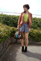 navy Sirens shorts - black Aldo boots - tawny blazer - lime green neon Gap shirt