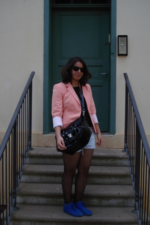 Zara blazer - forever 21 blouse - Aldo accessories - H&M shoes - Ray Ban sunglas